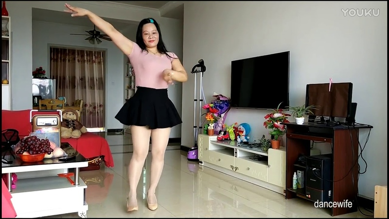 Japanese wife dance 2018 || jav wife dancing || hot girls dance in skirt