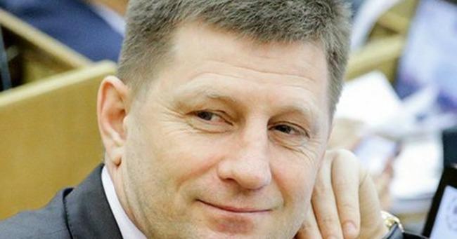 Сергей Фургал в два раза снизил пенсии бывшим чиновникам и депутатам Хабаровского края
