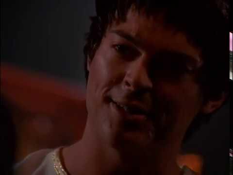 Цезар вбиває послів (Ксена: королева-воїн)