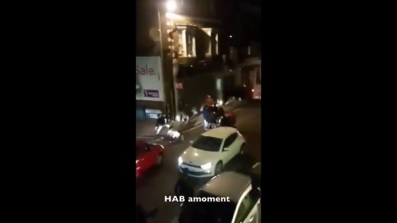 Over 30 romanian gypsies attacking muslim taxi drivers in Stoke Green in Slough
