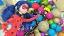 Spielspaß mit LadyBug und Cat Noir. Weihnachten steht vor der Tür