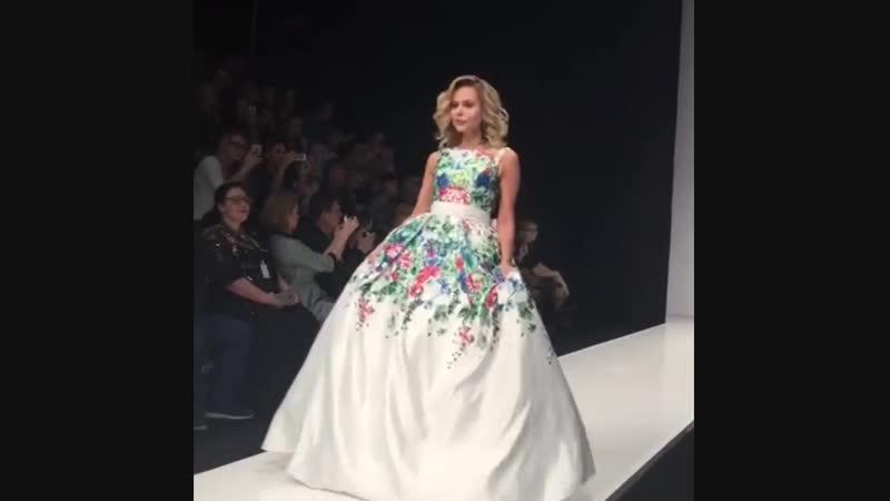 Ксения Новикова на Mercedes-Benz Fashion Week Russia