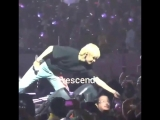 Taehyung giving his Bangtan bomb ring to a fan.mp4