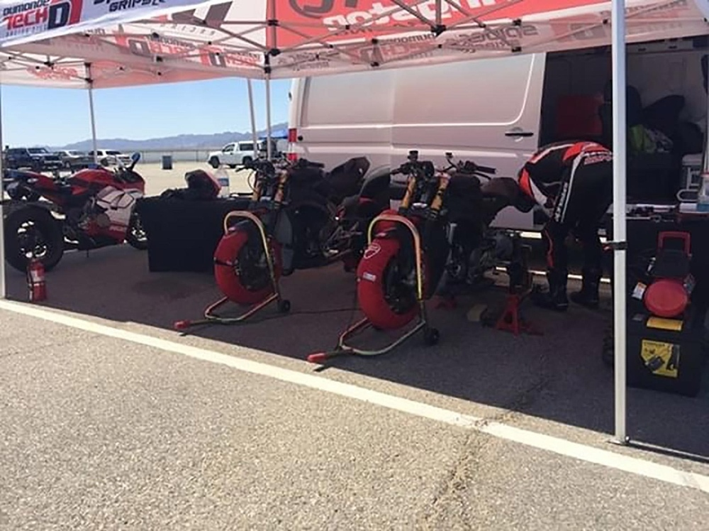 Ducati подготавливают нейкед-версию Ducati Panigale V4 R к Пайкс Пик 2019