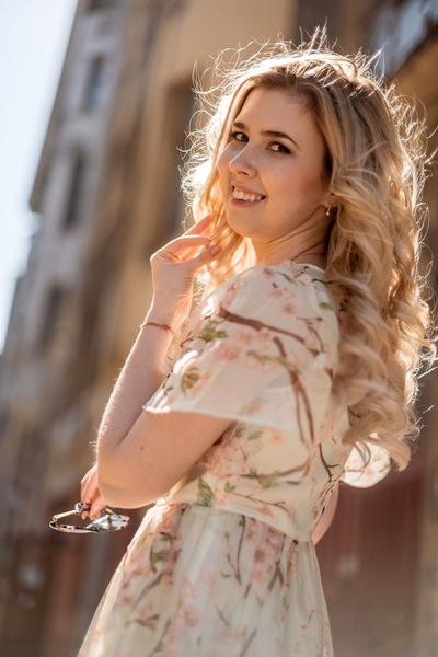 Лина Грязнова