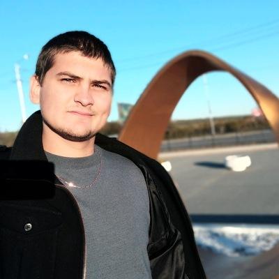 Рустам Сулейманов