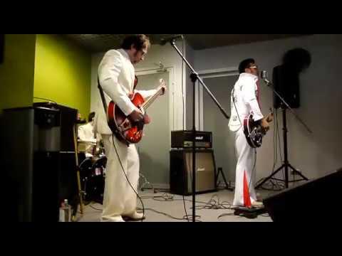 Двойник Элвиса Пресли и гр Mosvegas. Rip it up (Cover) Elvis Presley