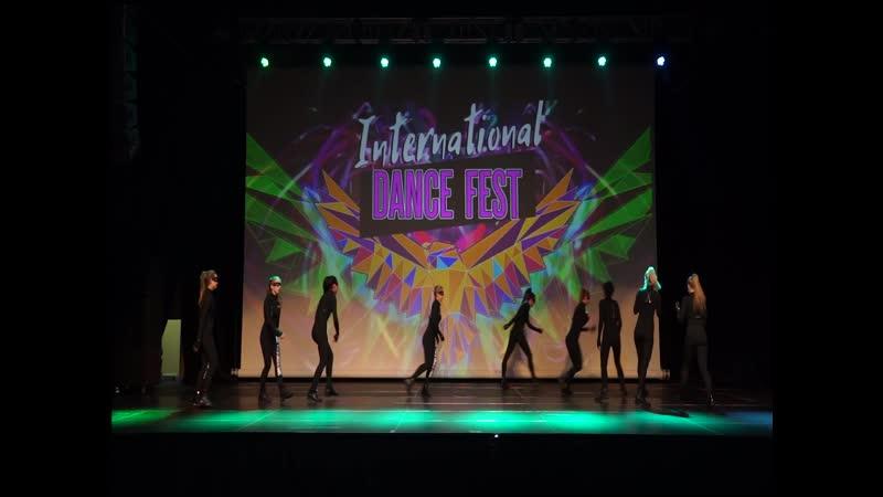 CDC crew/ INTERNATIONAL DANCE FEST/ 1 place