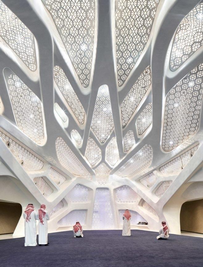 В столице Саудовской Аравии Эр-Рияде открылся исследовательский центр по проекту Захи Хадид.