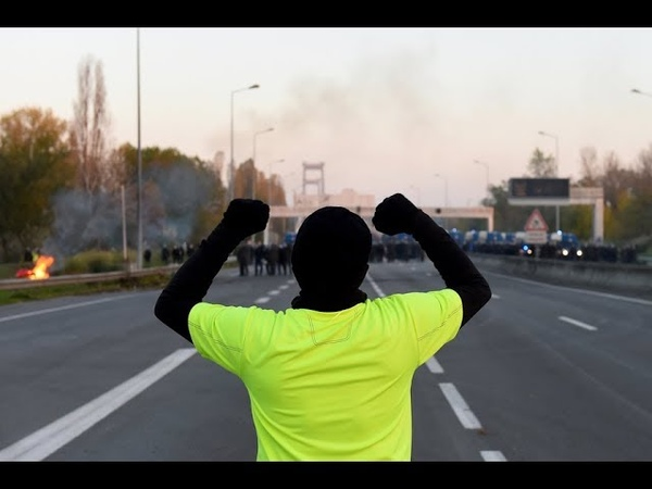EXCLUSIF - Les gilets jaunes envahissent la CAF