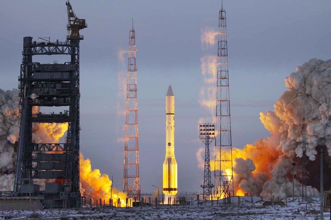 «Роскосмос» назвал причинами своих проблем Украину, рубль и