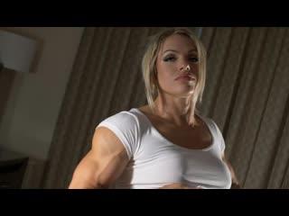 Vasuclar and massive blonde girl