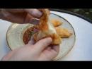 Мини чебуреки с сыром и говяжьим рагу.