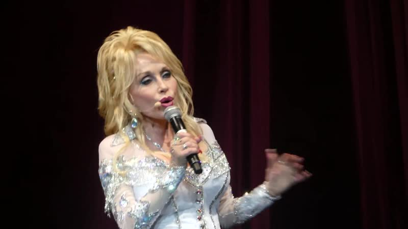 Dolly Parton - Here You Come Again - PNC Nashville, 26.2018 ( 72 года)