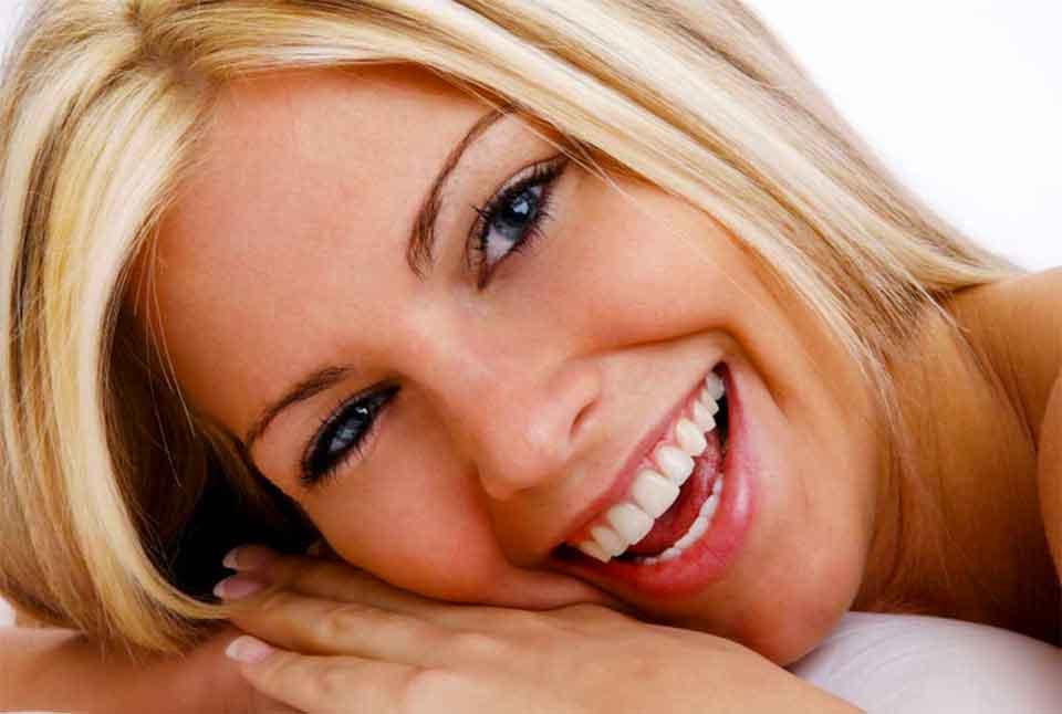Белозубая улыбка
