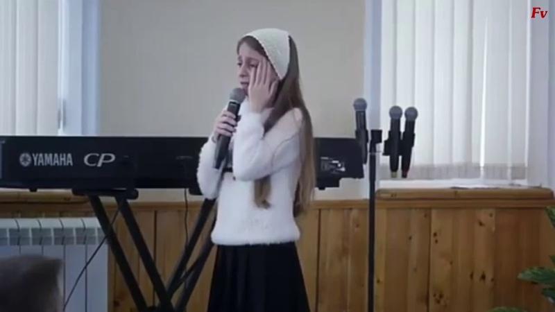Девочка рассказала стих про папу. До слез. Женщинам не смотреть!