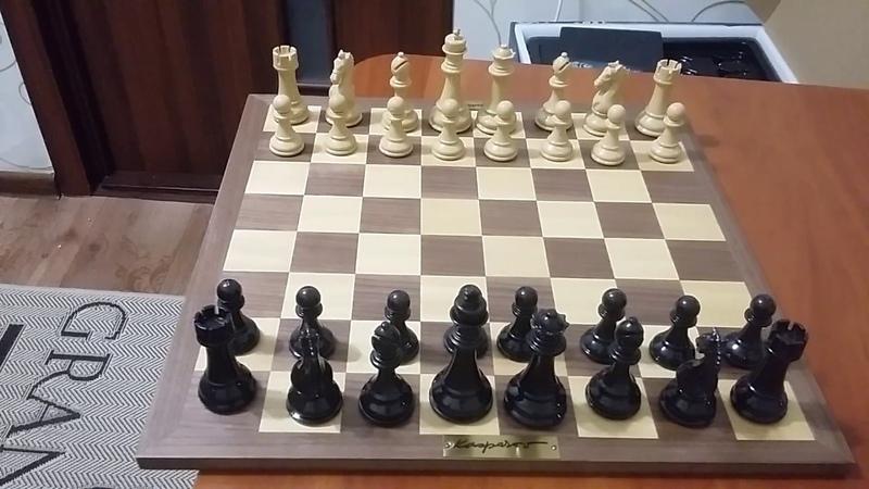 Шахматы. Сильный дебют за черных.