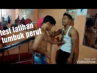 Test latihan tumbuk Perut OTOT ABS anak GYM - GUt Punch