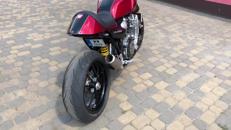 Yamaha XJR 1300 Cafe Racer Faster Son'