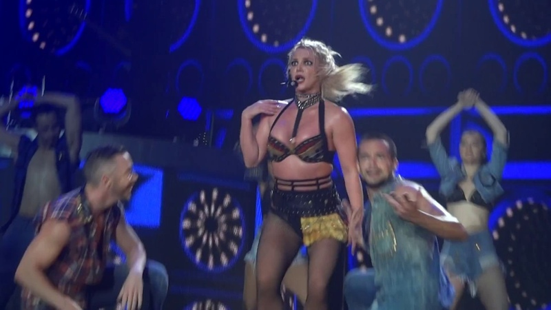 Britney Spears - Clumsy Change Your Mind (Live in Antwerp, Piece Of Me Tour - Sportpaleis) HD
