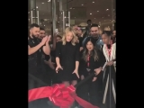 Лили на открытии нового магазина H&M › 28 августа, ЛА