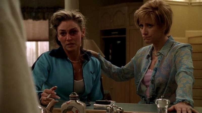 (Клан Сопрано S04E10_05) Кристофер дали пизды и выкинул Адриану из дома, Тони думает что с ним делать