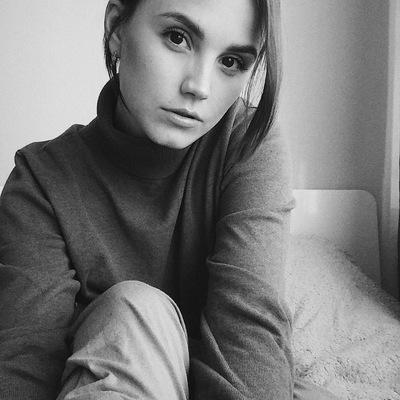 Елена Назимова