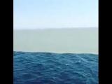 Линия, где встречаются Атлантический океан и Тихий океан. Они прикасаются, но не смешиваются друг с другом.