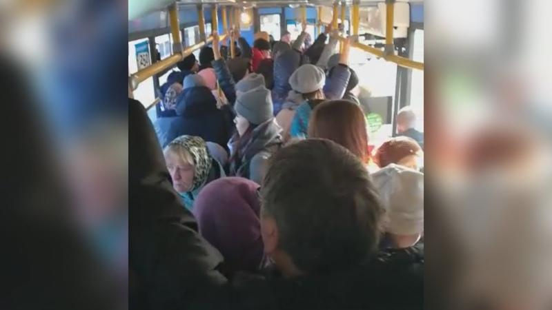 UTV. Давка в автобусах и толпы людей на остановках. Когда в Уфе закончатся проблемы с пассажирскими