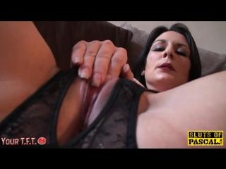 #tft mature old woman orgasm squirt finger slut leg