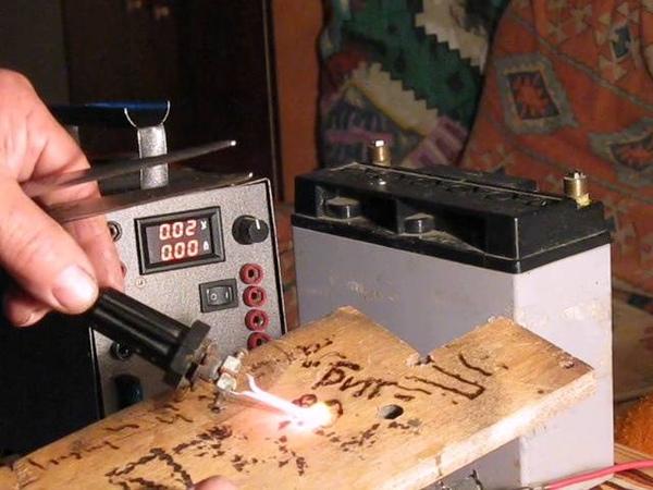 На трансформаторе микроволновки - универсальный блок питания.....