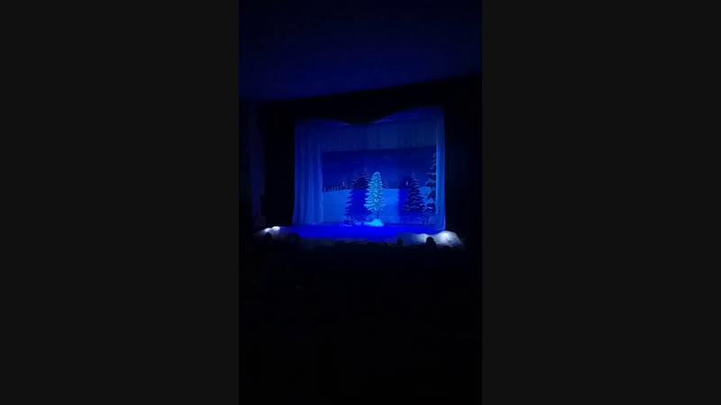 спектакль Однажды в студеную зимнюю пору по пьессе Владимира Илюхова