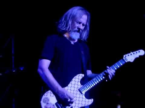Alice in Chains (Jerry Cantrell) - Nutshell solo Paramount Theater, Seattle 2016