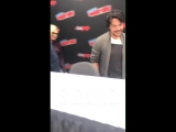 VIDEO Eliza and Bob arrive for the autograph signing The100 ElizaTaylor NYCC via cw_the100
