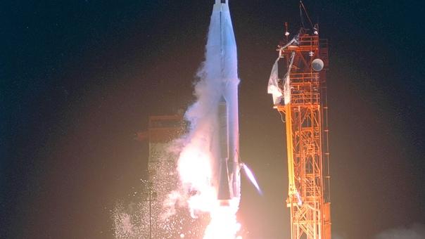 Самый дорогой дефис в истории... В 1962 году американцы запустили первый космический аппарат для изучения Венеры Маринер-1, потерпевший аварию через несколько минут после старта. Сначала на