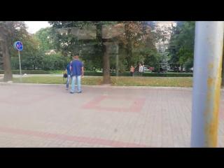 Минск. Контролер бьёт не трезвого зайца 21 августа 2018 в 19_04