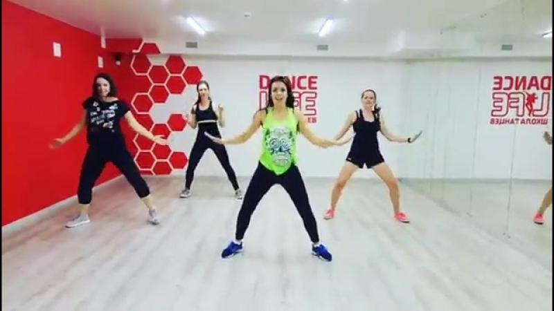 Зумба в Белгороде в школе танцев Dance Life Латина танцы для похудения