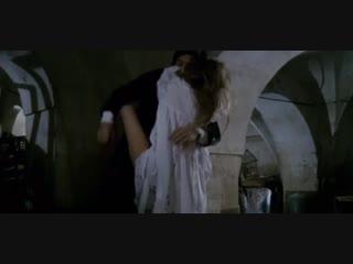 Не удержался и трахнул дочку своего друга (сцены из фильмов, ебет дочку, кончил в дочку, секс старого с молодой)