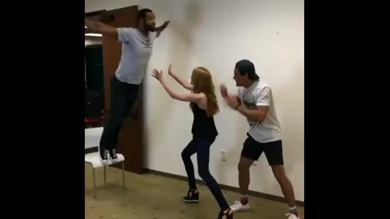 Isaiah and his incredible Dirty Dancing move - @Kat_McNamara @isaiahmustafa @arosende - Shadowhunters - ShadowhuntersLegacy.mp4