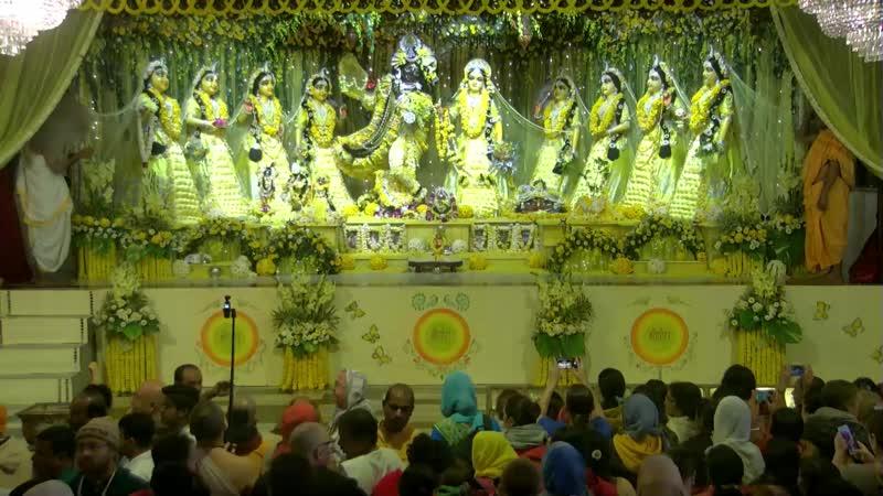 Radha Madhava in Their yellow Vasant Panchami dress.