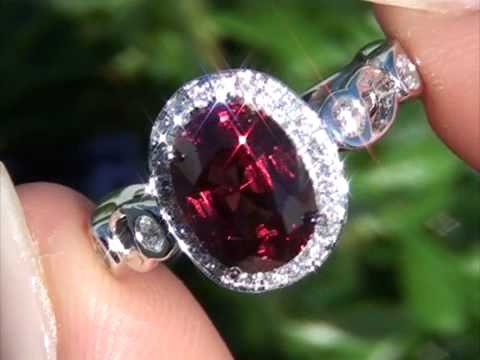 Hayden Panettiere Collectors Grade Candy Apple Red Internally Flawless Ceylon Spinel Diamond Ring