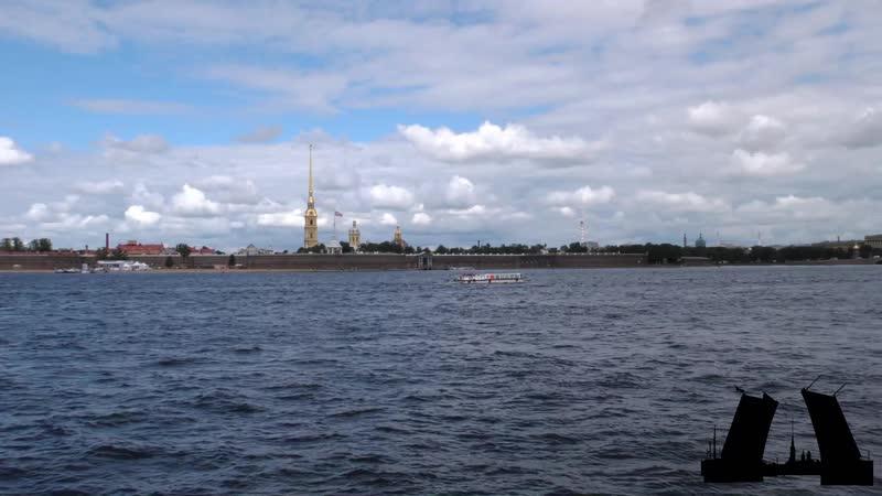 Залп пушки на Петропавловской крепости - 08.18