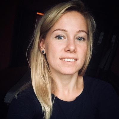 Анна Теслова