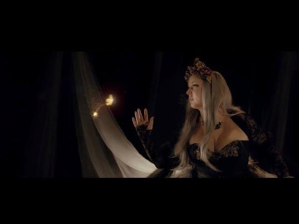 Dark Sarah - Golden Moth