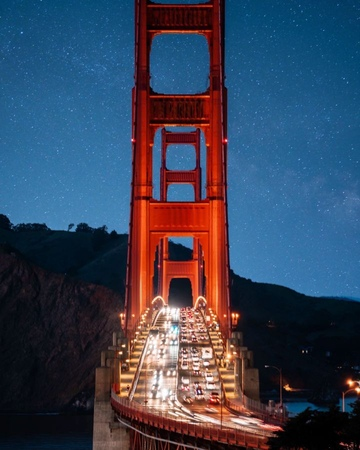 """Demas Rusli on Instagram: """"'hustle and bustle' 🚘 did you know that the golden gate bridge was originally supposed to be black and yellow in colo..."""