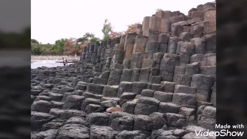 Риф Да Диа (базальтовые столбы)
