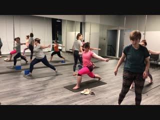 Мария Ефремова - йога