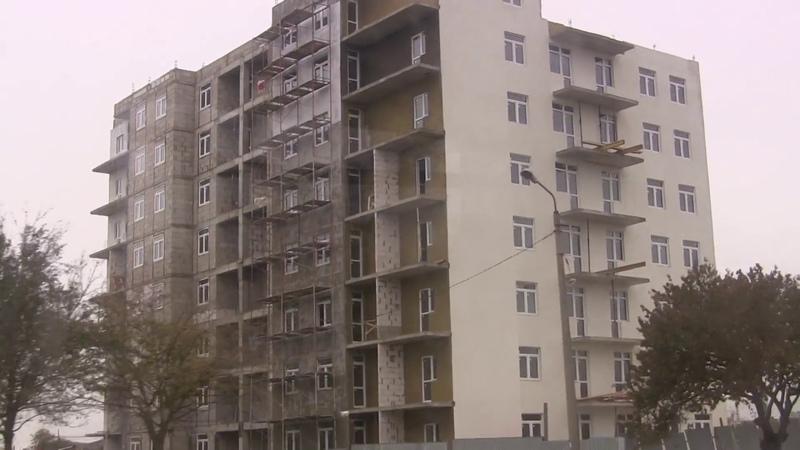 Стройка Керчь. 1-й дом депортированным и второй ул.Блюхера.