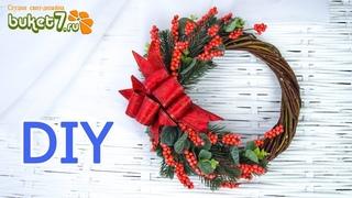 DIY ☆ НОВОГОДНИЙ (Рождественский) ВЕНОК С ЯГОДАМИ ИЛЕКСА СВОИМИ РУКАМИ ☆ Подарки на Новый Год