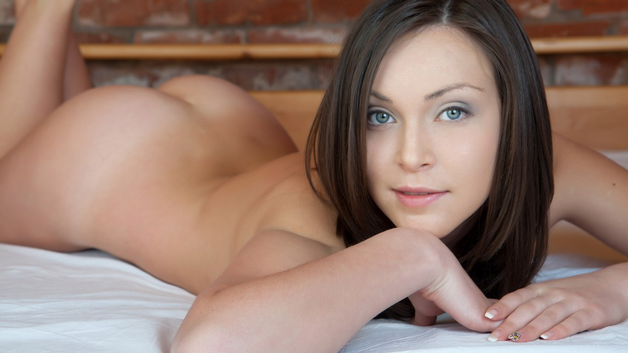 Huge boobs free porn vids